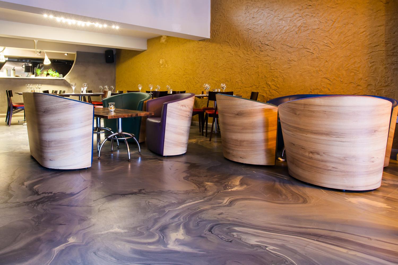 Restaurant resin flooring by Sphere8