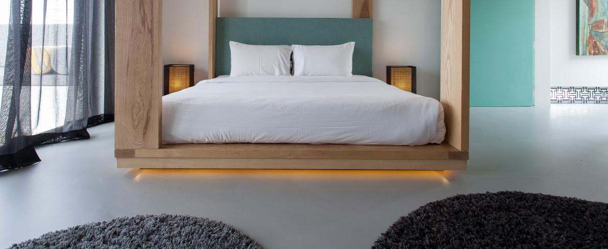 Seamless flooring in bedroom