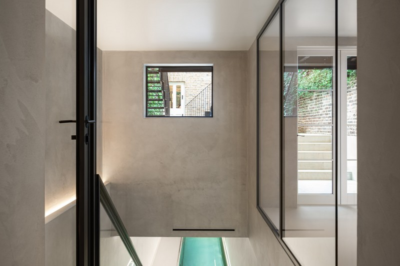 Custom Colour Wall Finish and LuxSphere Floor (Photography by David Butler) (Design by Nash Baker Architects)