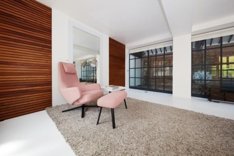 Resin floors in solid white