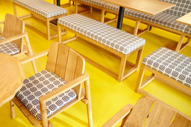 Bright colour resin floors (yellow)
